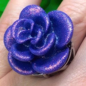HOT TOPIC Size 7 Purple Rose Statement Ring
